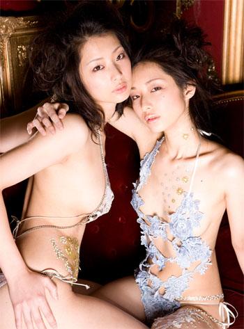 【美人】日本「性感双胞胎小护士」古川姊妹花mari 竖